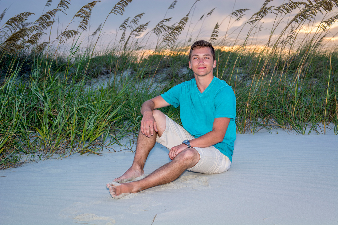 """professional family portraits at the beach"",""family beach portraits"",""pawleys island photographer"",""best photographer"",""candid, fun , creative"""
